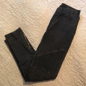 Black Moto Zip Leggings